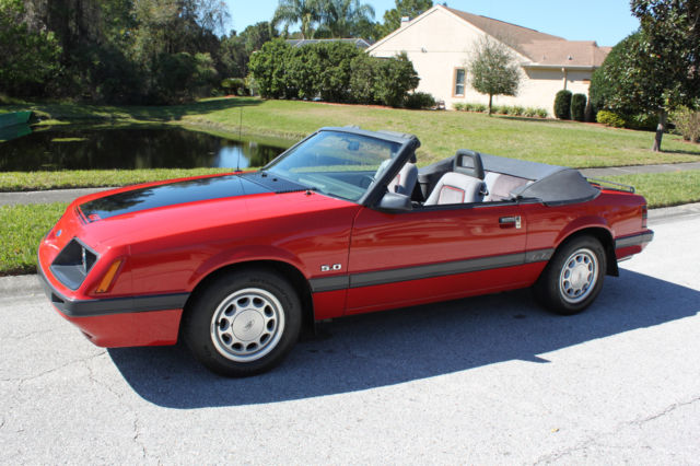 1986 ford mustang gt convertible 25 000 orig miles. Black Bedroom Furniture Sets. Home Design Ideas