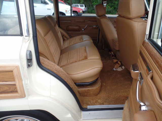 1986 jeep grand wagoneer woody wagon rust free restored 98 photos clean. Black Bedroom Furniture Sets. Home Design Ideas