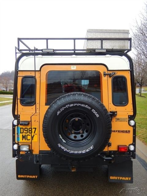 110 Must Have Wedding Photos: 1986 Land Rover Defender 110 Camel Trophy MUST SEE