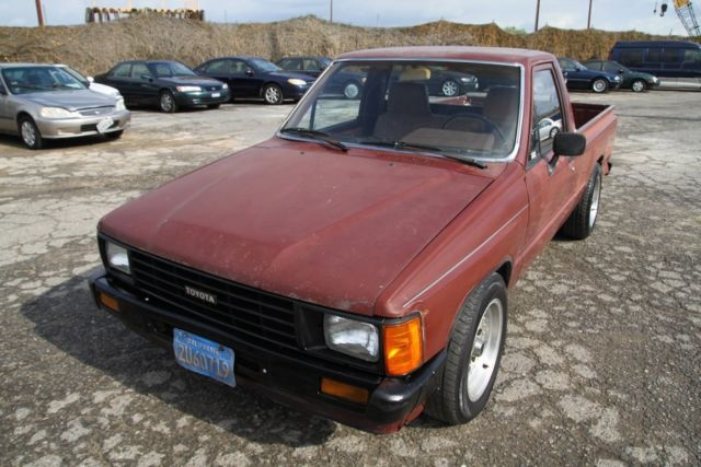 1989 toyota pickup 4 cylinder