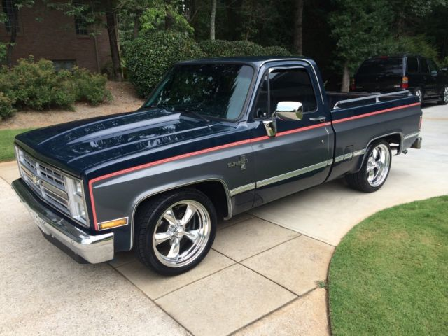 1987 Chevy C10 Silverado 2 Tone Blue Gray Fuel Injected