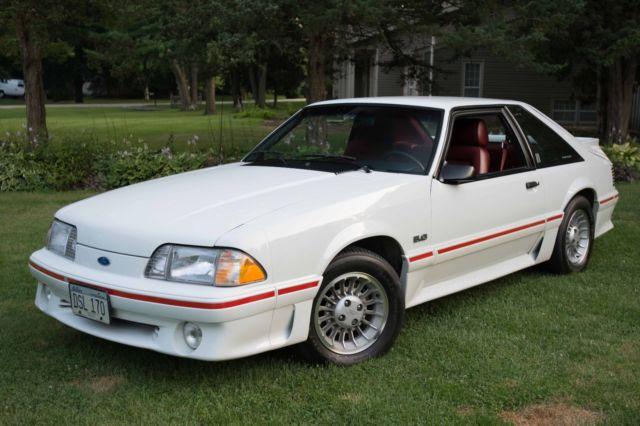 1987 ford mustang gt 5 speed white red mint 1 owner 31k miles. Black Bedroom Furniture Sets. Home Design Ideas