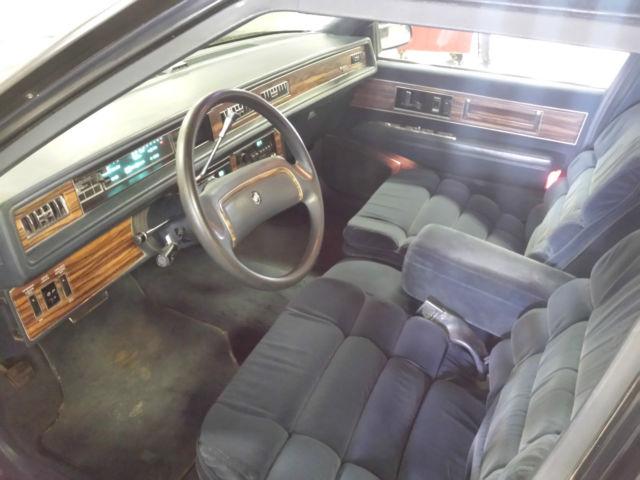 Buick Electra Park Avenue Sedan Door L