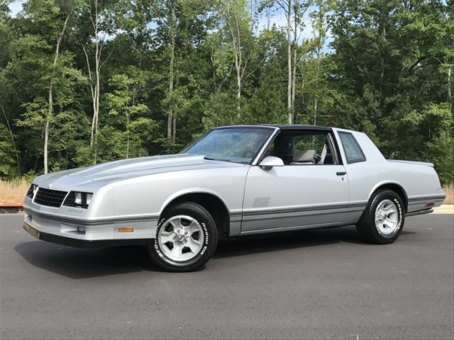 1988 chevrolet monte carlo ss t tops silver low miles xclean rare. Black Bedroom Furniture Sets. Home Design Ideas