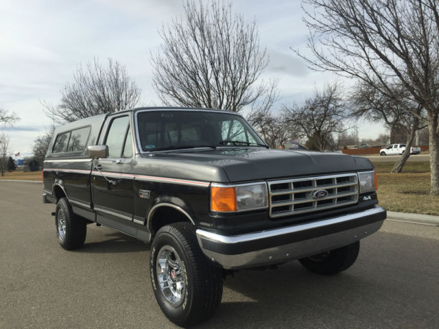 1988 ford f 250 xlt lariat 4x4 with only actual miles. Black Bedroom Furniture Sets. Home Design Ideas