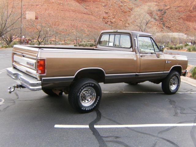1989 dodge ram le 1st gen cummins 12 valve diesel 4x4 350 low miles. Black Bedroom Furniture Sets. Home Design Ideas