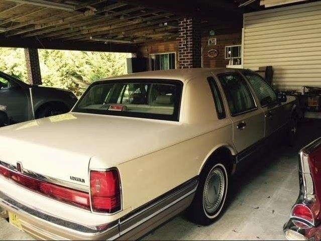 1990 lincoln town car signature 5l v8 automatic rwd