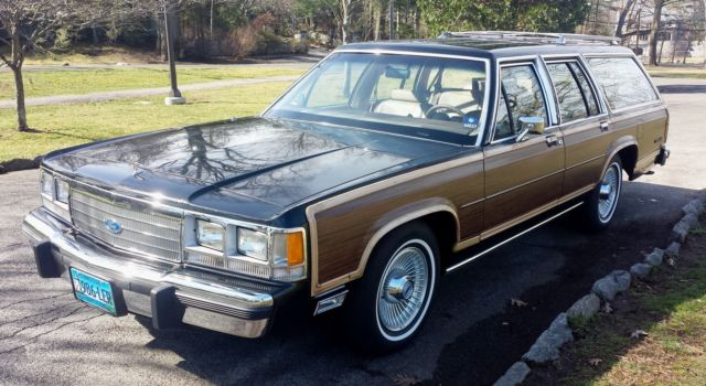1991 Ford Country Squire Crown Victoria LTD LX Station Wagon