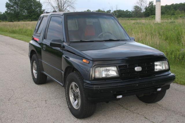 1992 Geo Tracker 4x4 Automatic Hard Top Like Suzuki