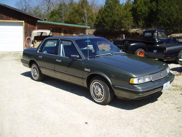 1992 oldsmobile cutlass ciera sl sedan 4door 33l