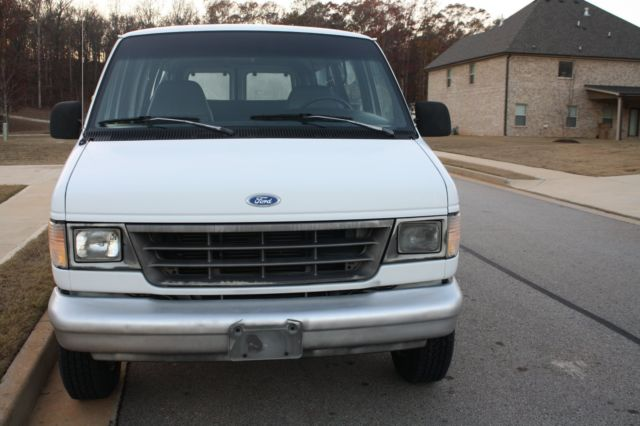 1993 ford e 350 econoline club wagon 14 passenager van