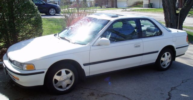 1993 honda accord ex coupe white for 1993 honda civic window trim