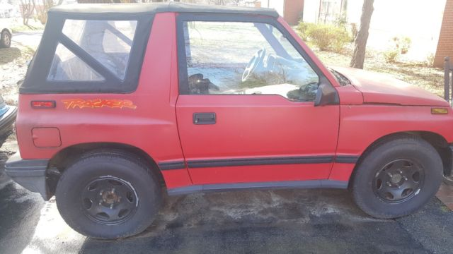 1993 red automatic geo tracker - 154k miles