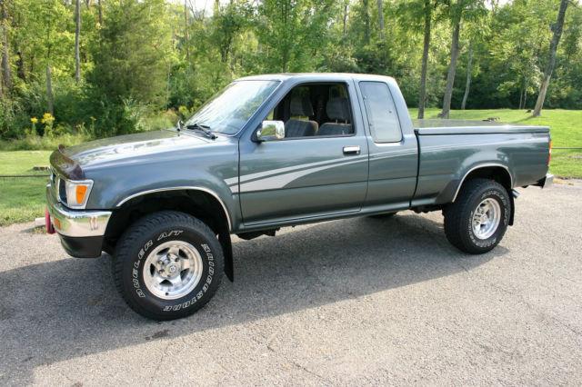 1993 toyota 4x4 pickup sr5   xtracab v6   pre ta a