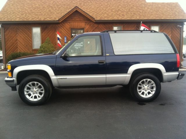 1994 chevrolet blazer 2 door tahoe k5 4x4 excellent condition. Black Bedroom Furniture Sets. Home Design Ideas