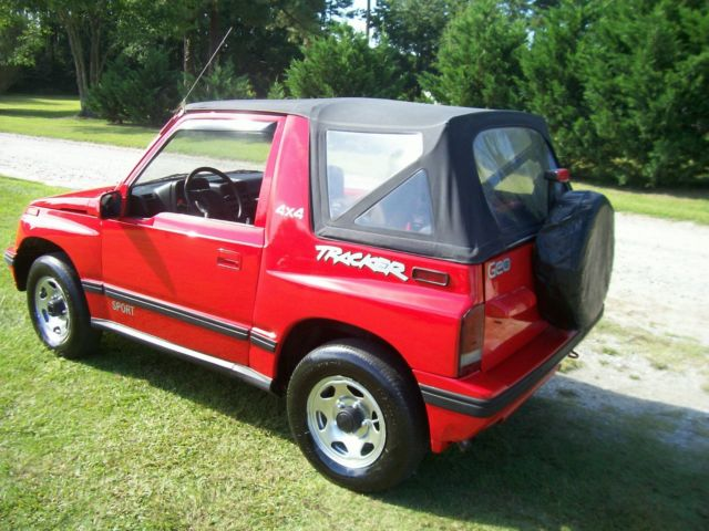 Geo Tracker X Convertible Sidekick Jeep Suv Truck