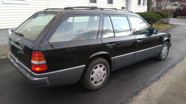 1994 mercedes benz e320 station wagon clean no reserve for Mercedes benz e320 price