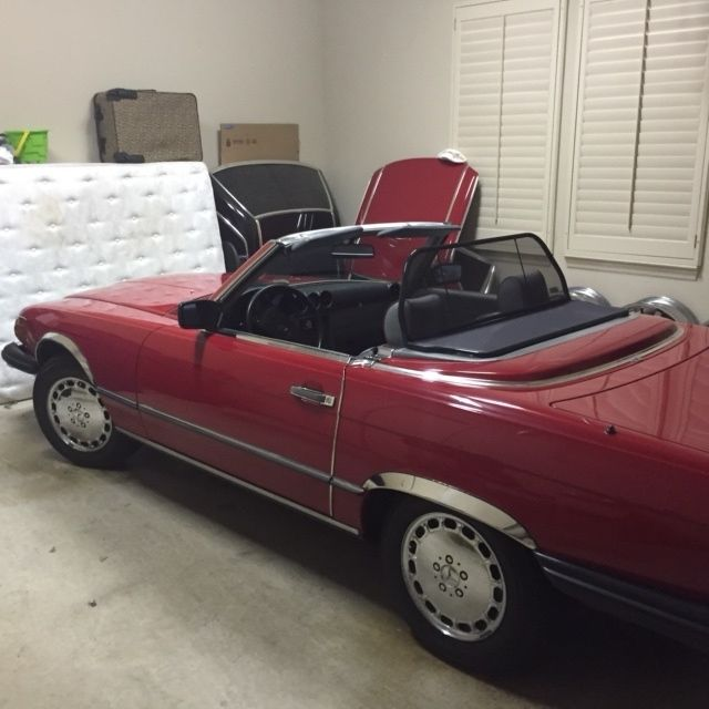 560sl red convertible roadster for Mercedes benz red convertible