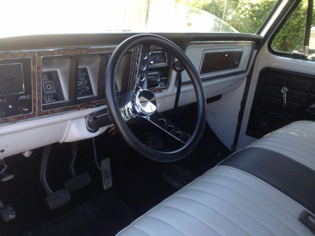 77 ford f 250 4x4 highboy