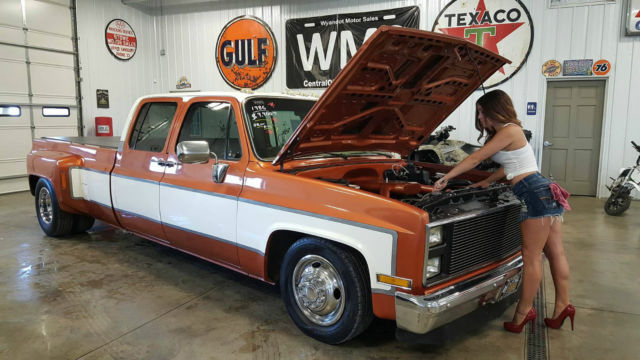 85636 86 Orange C30 Dually Lowered Low Rider Slammed Chevy Big Block Manual Standard moreover 2015 Chevrolet Malibu Auxiliary Power Supply likewise 32409 1950 Desoto S14 Custom together with 89 TRANS Bleeding CLutch Slave Cylinder likewise Watch. on transmission fluid pump location