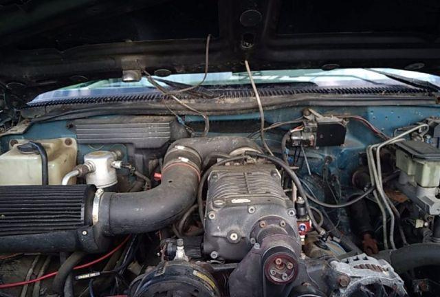 93 Chevy 3500 1 Ton Big Block 454 Supercharger 4l80 4x4