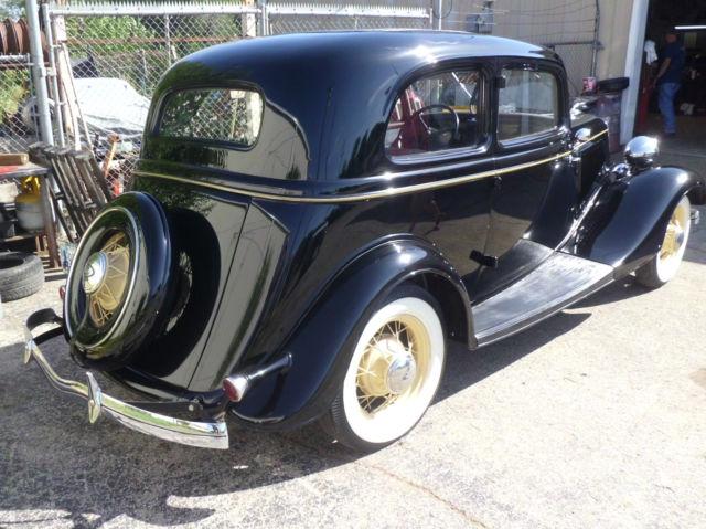 ALL STEEL Restored 1934 FORD VICTORIA V/8 !! Tudor-street