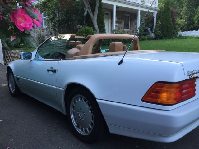 Beautiful 1990 mercedes benz 500 sl convertible white with for Mercedes benz 500 convertible