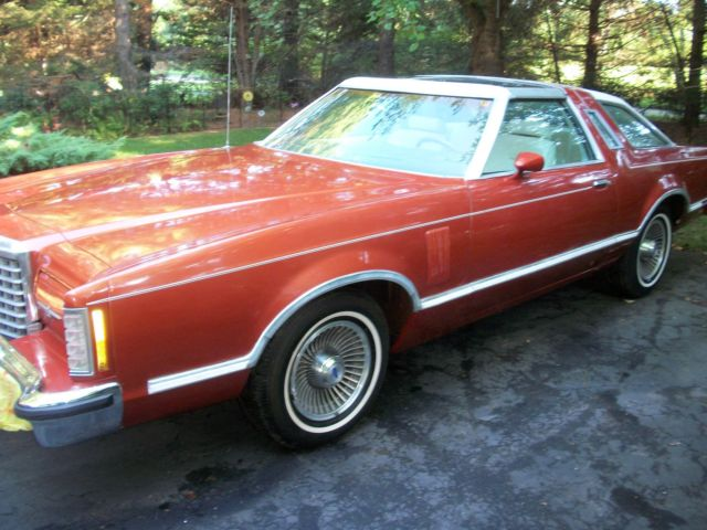 beautiful rare luxury t top edition  1979 ford thunderbird
