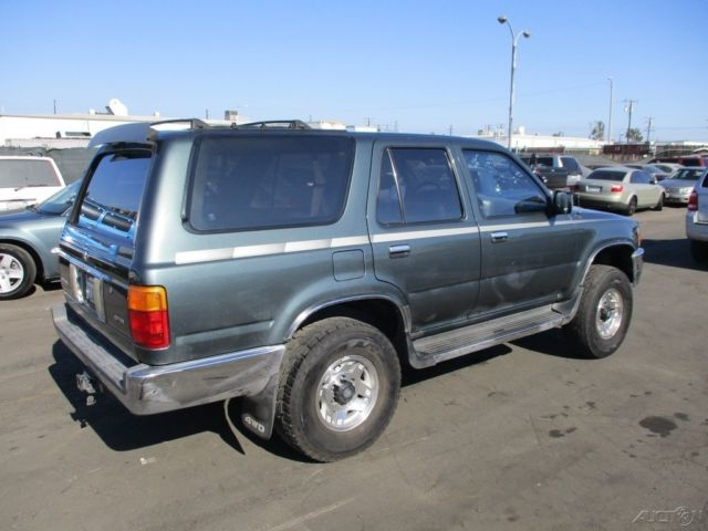 c 1992 toyota 4runner sr5 used 3l v6 manual suv no reserve. Black Bedroom Furniture Sets. Home Design Ideas