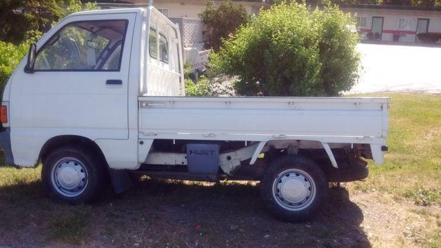 Daihatsu Hijet 4x4 Mini Truck