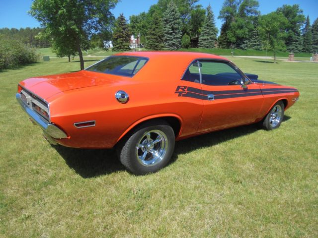 dodge challenger r t 426 hemi 4 speed. Black Bedroom Furniture Sets. Home Design Ideas