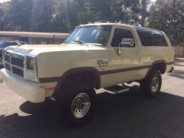 Dodge Ramcharger 4x4 Diesel