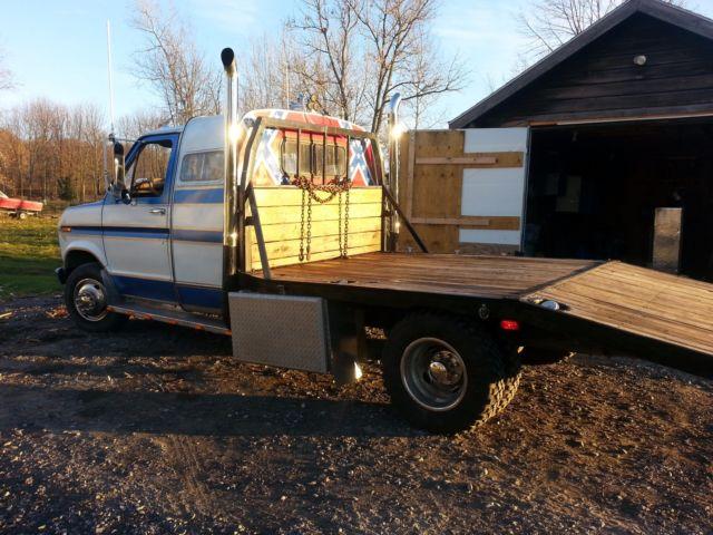 Dually E350 1ton Cutaway Flatbed Dovetail Diesel Ramp