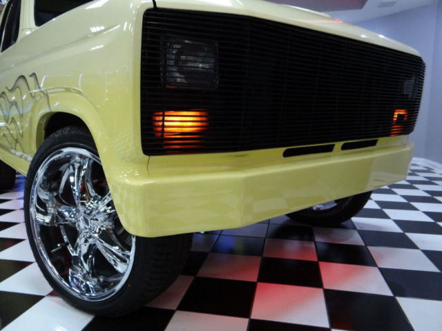Ford F100 Ranger Custom Only 51k Miles Shaved Doors 22\  Wheels Custom Paint WOW! & Ford F100 Ranger Custom Only 51k Miles Shaved Doors 22\