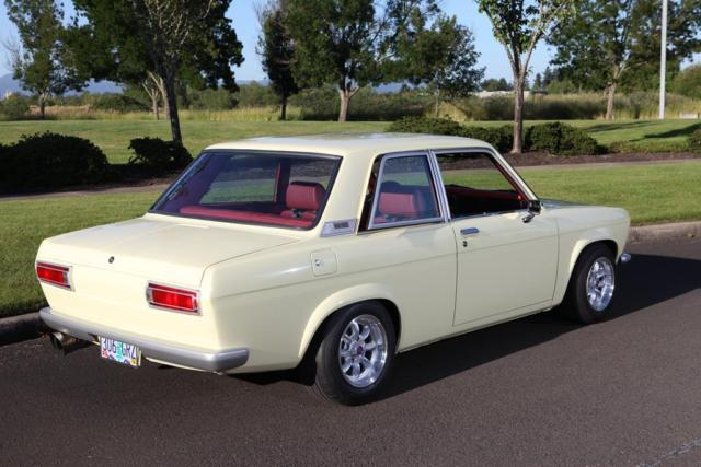 incredible 1971 datsun 510  2 door sedan  jdm  nissan