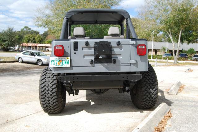 jeep yj wrangler 4x4 inline 6 cylinder grey black accessories rust free. Black Bedroom Furniture Sets. Home Design Ideas