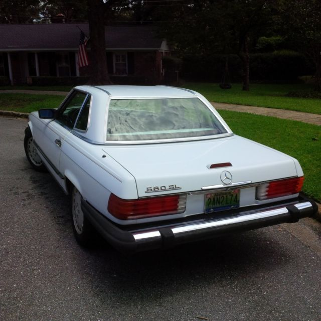Mercedes benz 560sl convertible and also includes white for Mercedes benz hardtop convertible