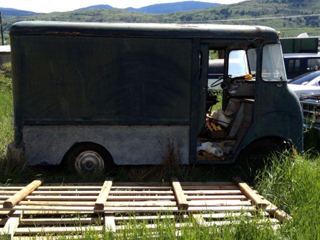 Step Van Milk Bread Delivery Box Truck Non Operable