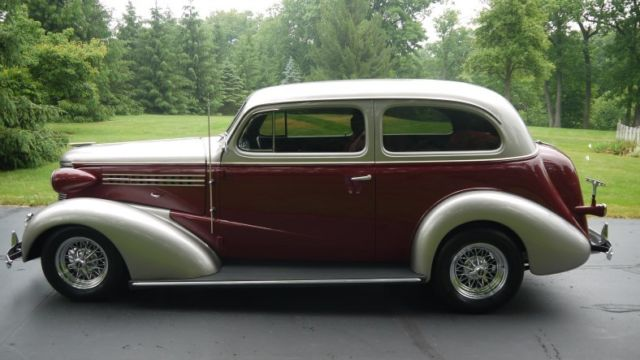 Stunning 1938 chevrolet two door sedan street rod for 1938 chevy 2 door sedan for sale