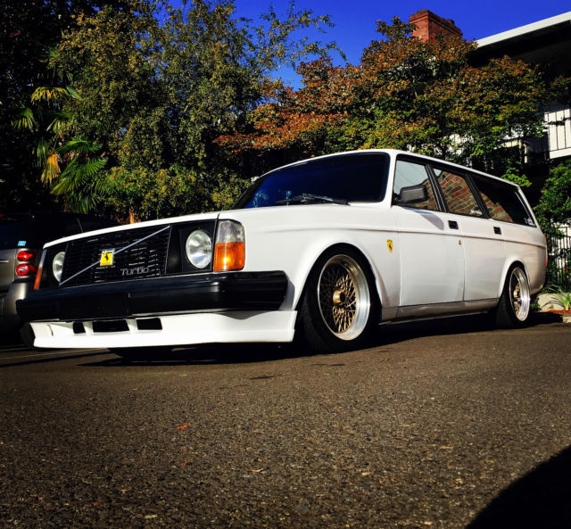 volvo 240 wagon 5spd turbo 300horsepwer slammed coilovers. Black Bedroom Furniture Sets. Home Design Ideas